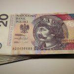 Co można znaleźć w rankingu firm i instytucji oferujących przelewy z UK do Polski?