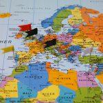 Przelewy międzynarodowe: przelewy bankowe a usługi przekazów pieniężnych